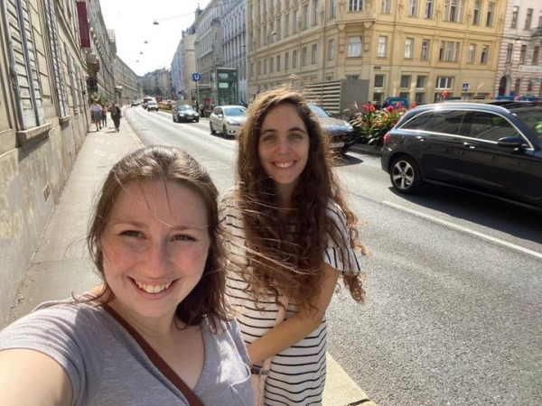 Molly and Maaian in Vienna